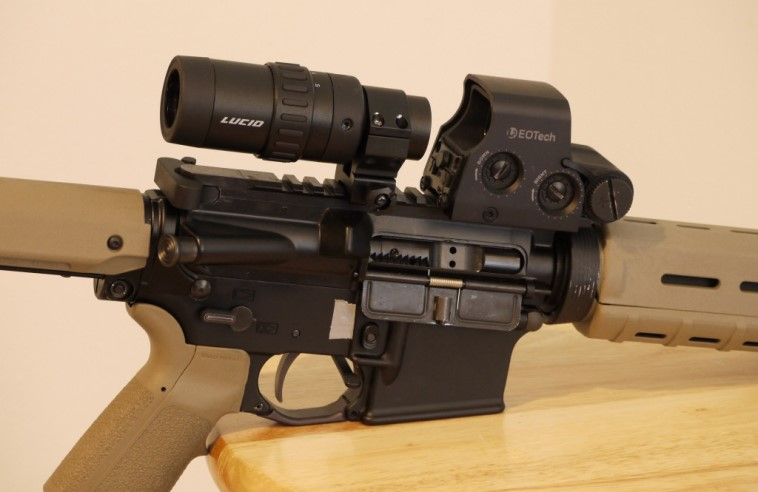 red dot magnifier